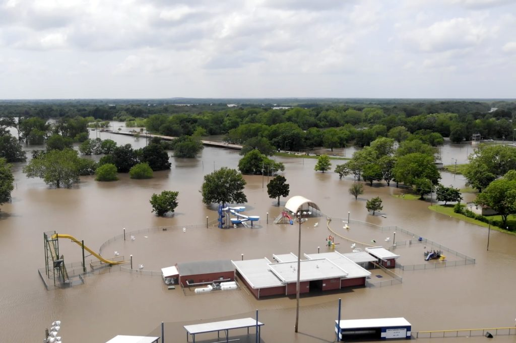 miami oklahoma floods lead