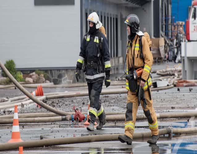 Destruct Firefighters hoses