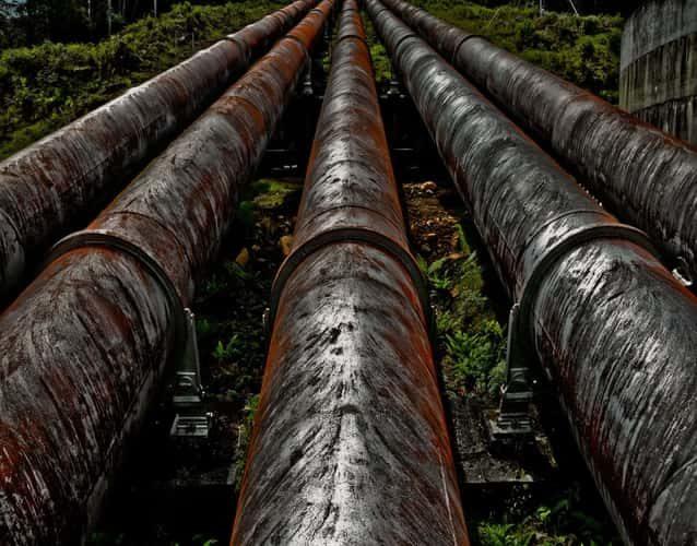 pipelines full of mud rust