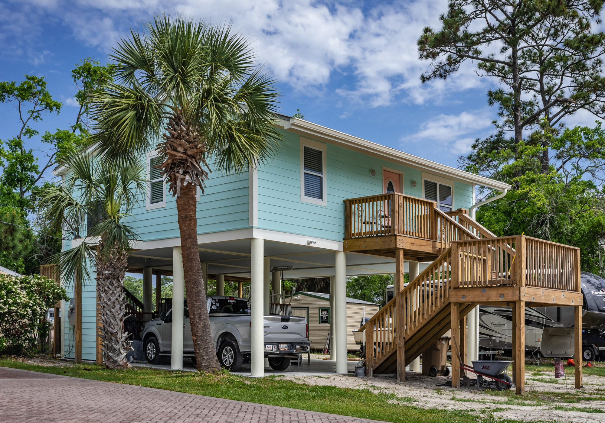 An elevated home on Tybee Island. This area flooded during Hurricane Matthew and then again during Hurricane Irma, spurring some residents to raise their homes. Credit: Teake Zuidema for Nexus Media News