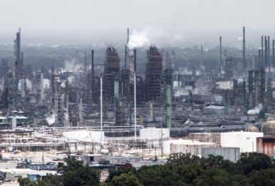 A refinery in Louisiana. Source:Jonathan Beilin