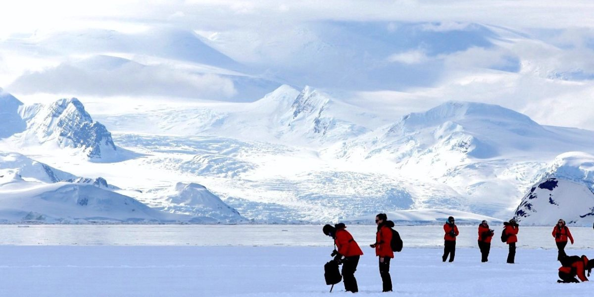 A group of women scientists on an expedition to Antarctica. Source: Anne Christianson